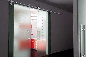Стеклянные раздвижные двери (с открытым механизмом)