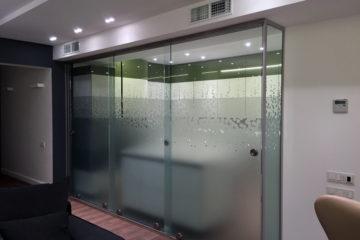 Наши стеклянные двери